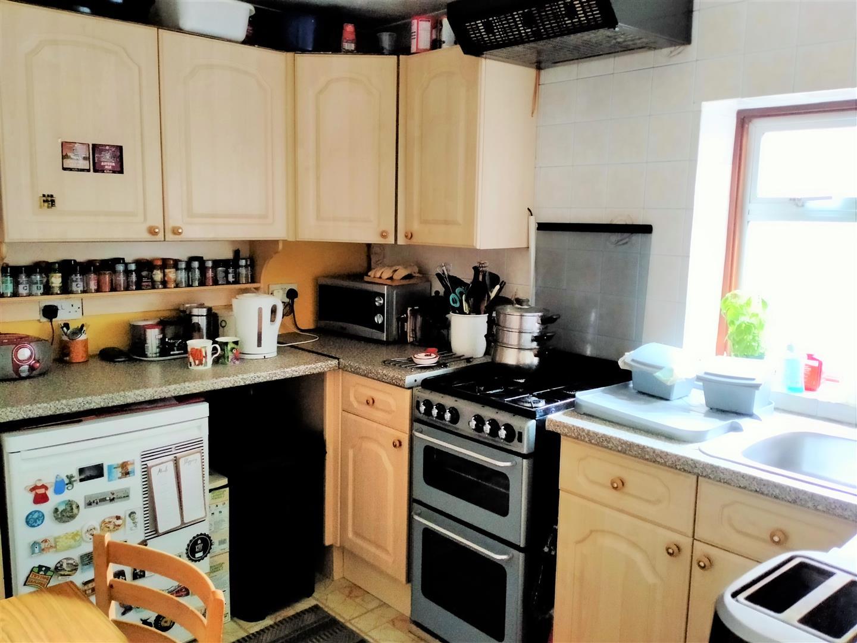 Llangyfelach Road, Treboeth, Swansea, SA5 9EH